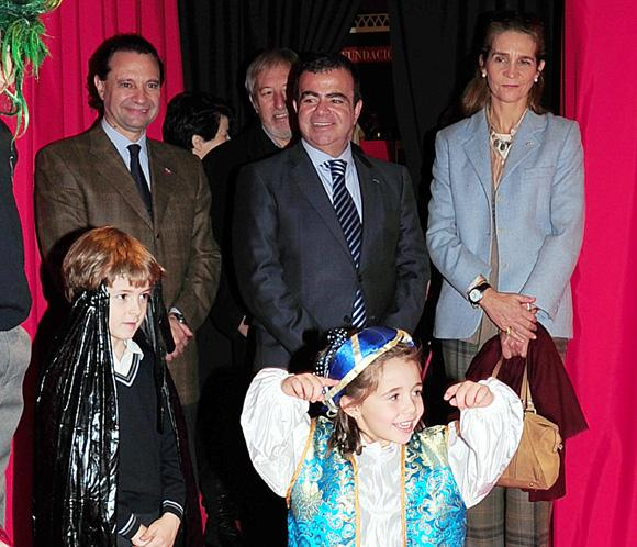 La infanta Elena vive una experiencia de cine con un grupo de ni&ntilde;os en Segovia