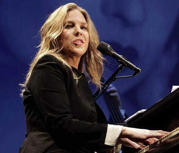 Diana Krall cambia de registro y sorprende al p&uacute;blico barcelon&eacute;s
