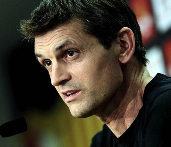 TIto Vilanova, entrenador del Bar&ccedil;a, recibe el alta hospitalaria