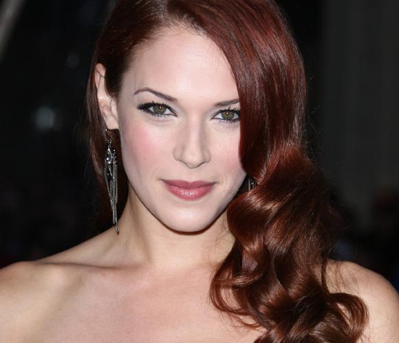 Amanda Righetti, estrella de 'El Mentalista', da a luz a su primer hijo