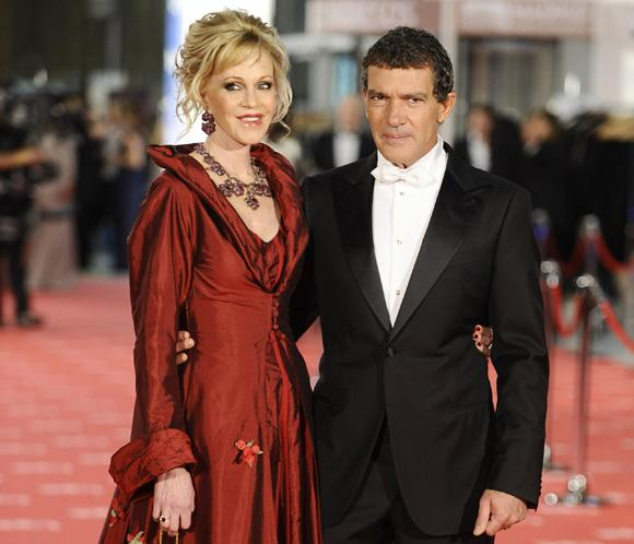 Antonio Banderas dirigir&aacute; a Melanie Griffith en 'Akil'